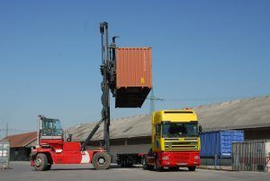 Containertrucking
